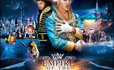 EMPIRE OF THE SUN : Walking On A Dream