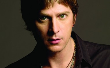 TOURING : Rob Thomas