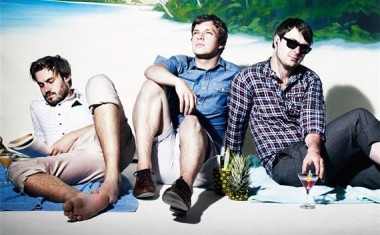 FRIENDLY FIRES CANCEL AUSSIE SHOWS