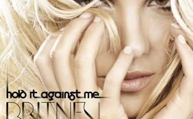 BRITNEY SPEARS : Hold It Against Me