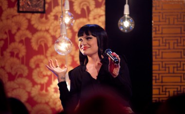 JESSIE J LIGHTS THE LOUNGE
