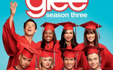 GLEE! IT'S A GRADUATION ALBUM!