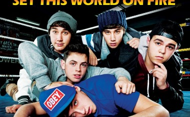 THE JANOSKIANS : Set This World On Fire
