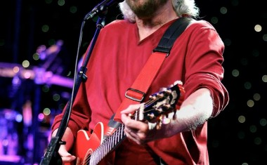 TOURING : Barry Gibb