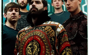 TOURING : Foals