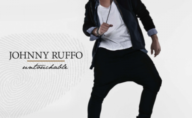 JOHNNY RUFFO : Untouchable