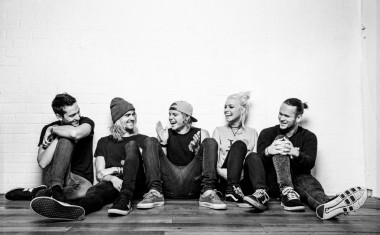 TOURING : Tonight Alive