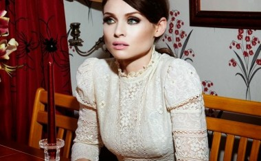 SOPHIE ELLIS-BEXTOR : Love Is A Camera