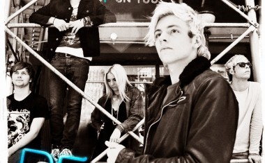 R5 : Heart Made Up On You