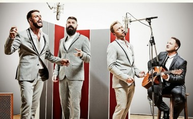 BOYZONE HEADS TO MOTOWN