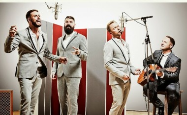 BOYZONE : What Becomes Of The Broken Hearted