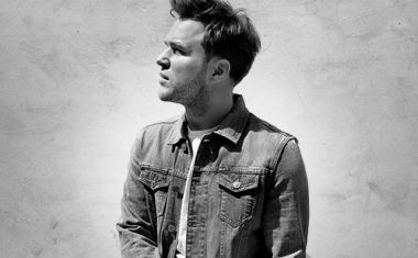 OLLY MURS : Look At The Sky