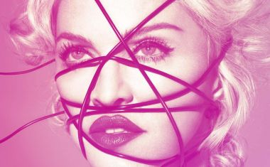 MADONNA : Living For Love
