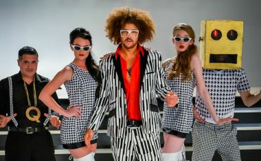 REDFOO WIGGLES HIS WAY BACK