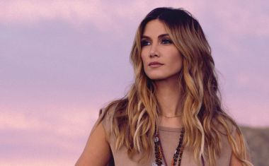 DELTA GOODREM : Only Human