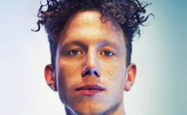ERIK HASSLE : No Words