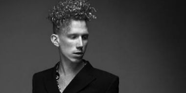 Featured artist image of Erik Hassle