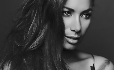 LEONA LEWIS : Fire Under My Feet