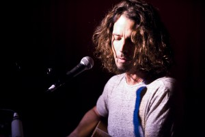 Chris Cornell Hotel Cafe (95) by DVC