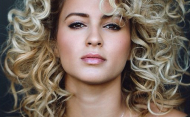 TORI KELLY : Should've Been Us