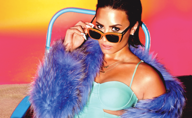 DEMI LOVATO : Cool For The Summer