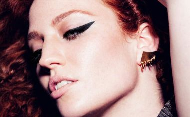JESS GLYNNE : Don't Be So Hard On Yourself
