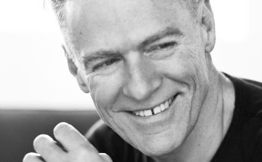VIDEO : Bryan Adams - Don't Even Try