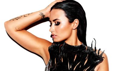 VIDEO : Demi Lovato - Waitin' For You