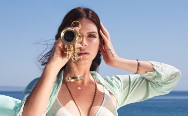 LANA DEL REY : Music To Watch Boys To