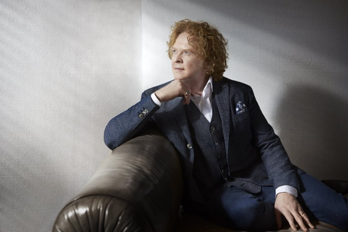 Mick_Hucknall - photo_credit Lorenzo Agius
