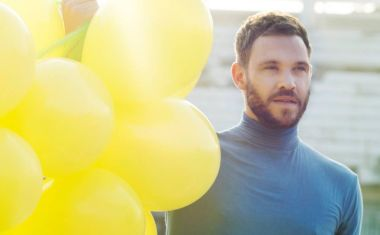 VIDEO : Will Young - What The World Needs Now Is Love
