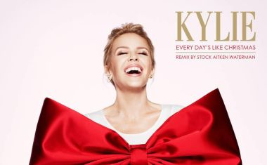 VIDEO : Kylie Minogue - Every Day's Like Christmas