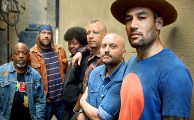 BEN HARPER TOUR POSTPONED