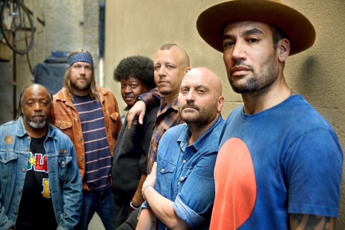 Ben_Harper_and_The_Innocent_CriminalsPhoto_CreditDanny_ClinchBand_General_1
