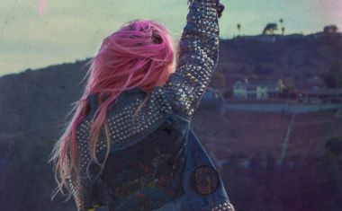 VIDEO : Bonnie McKee - Wasted Youth