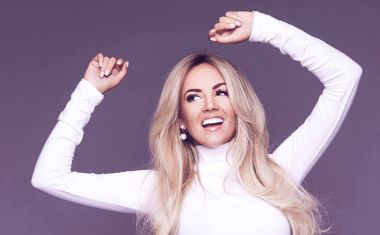 POP FAN FIVE : Samantha Jade