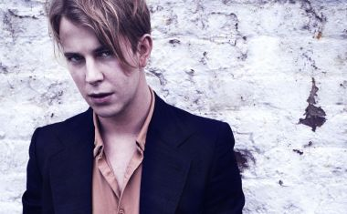 VIDEO : Tom Odell - Concrete