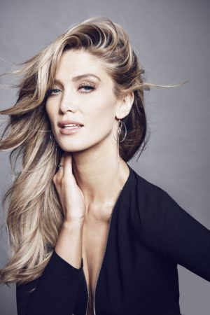 DELTA GOODREM PUBLICITY PHOTO #1 - PHOTO CREDIT - CarlottaMoye