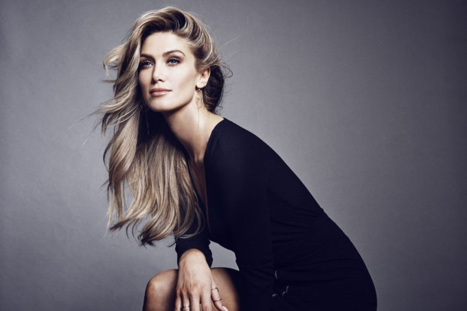 DELTA GOODREM PUBLICITY PHOTO #2 - PHOTO CREDIT - CarlottaMoye