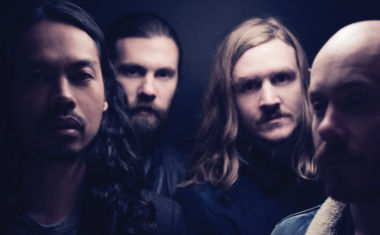 VIDEO : The Temper Trap - Fall Together