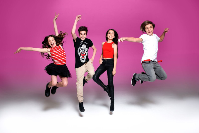 Aussie Youth jump pink copy 2