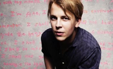HERE IT IS! TOM ODELL'S 'HERE I AM' VIDEO