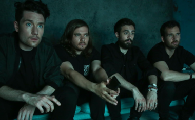 VIDEO : Bastille - Fake It