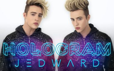 LOOK! IT'S A JEDWARD HOLOGRAM... VIDEO!