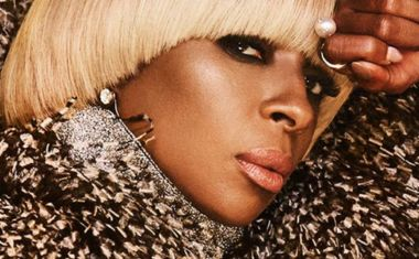 CHECK MARY J BLIGE'S 'THICK OF IT' VIDEO
