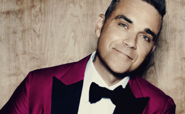 ROBBIE WILLIAMS DROPS 'LOVE MY LIFE' VIDEO