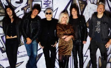 BLONDIE CONFIRMS 'POLLINATOR'