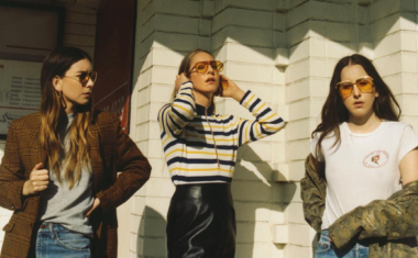 SSSH... DAVID HAS SOMETHING TO TELL YOU : A HAIM REVIEW