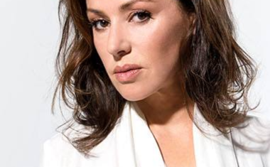 TINA ARENA UNVEILS GREATEST HITS TOUR