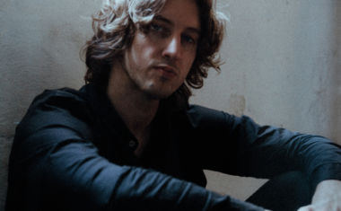 DEAN LEWIS CONFIRMS NATIONAL TOUR